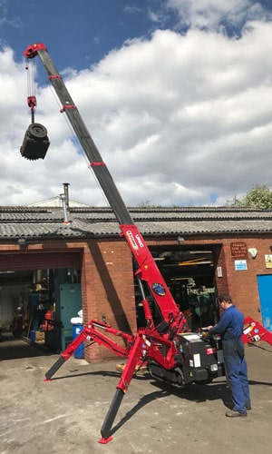 red spider crane in action