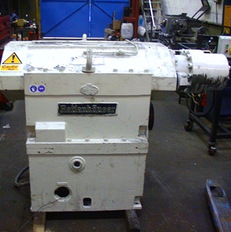 large extruder unit, cream