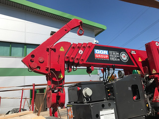 red onsite spider crane