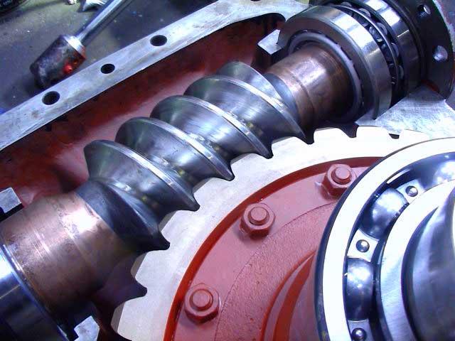 gearbox repair servicing