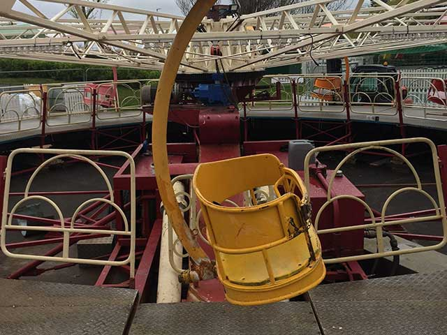onsite engineering services, fairground ride yellow seat